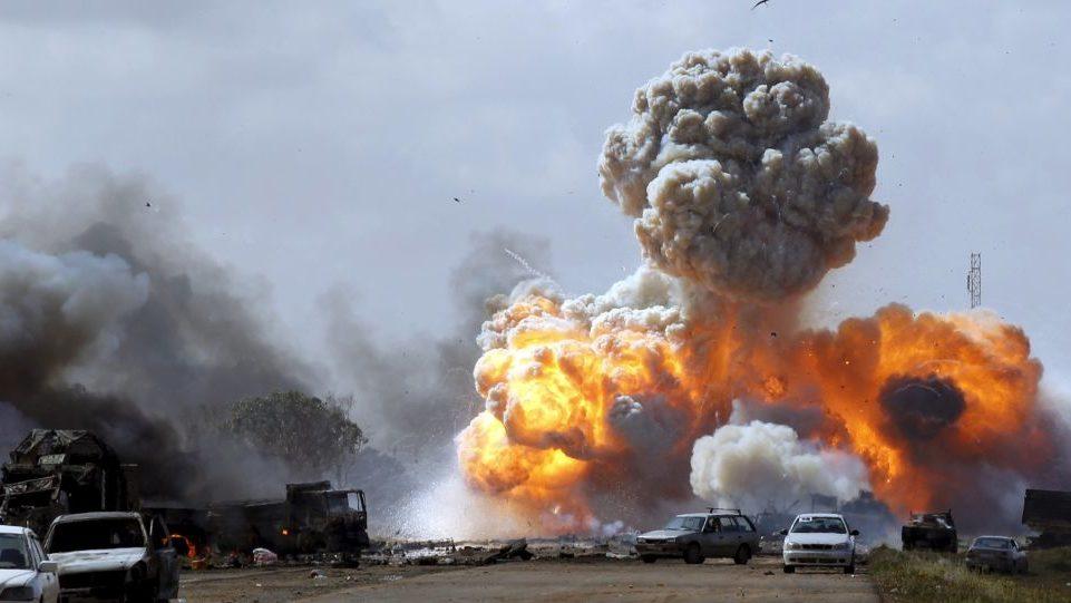 Photo of قصف جوي لمنطقة الفرناج بطرابلس: حتّى لا تسقط هذه الجرائم بالتقادم