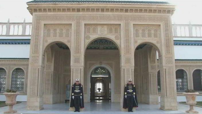 Photo of تسع سنوات من الانتقال السلمي السّلس للسلطة في تونس (6 رؤساء تعاقبوا على قصر قرطاج)